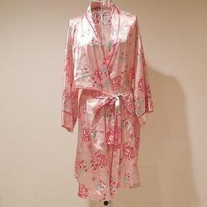 Pink Floral Bridesmaid Robe